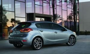 Цены будут объявлены этим летом, когда 5-дверный Forte поступит в продажу.