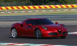 Alfa Romeo 4C будет делать это весь день. Уж поверьте.