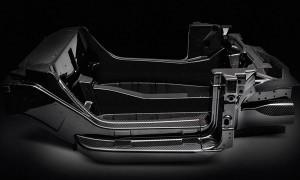 Шасси из углеродистого волокна, лежащее в основе Alfa Romeo 4C, весит всего 143 фунта.