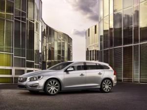 Volvo V60 2014 модельного года